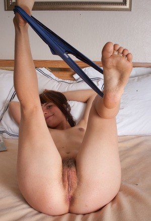 Hairy Toes Porn