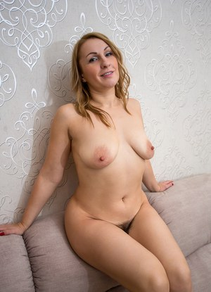 Naturally beautiful nude women
