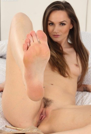 Feet And Hairy Pussy